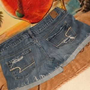 American Eagle Cut of blue Jean shorts